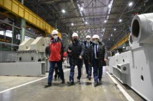 Министр промышленности и науки Свердловской области Сергей Пересторонин посетил Уралмашзавод