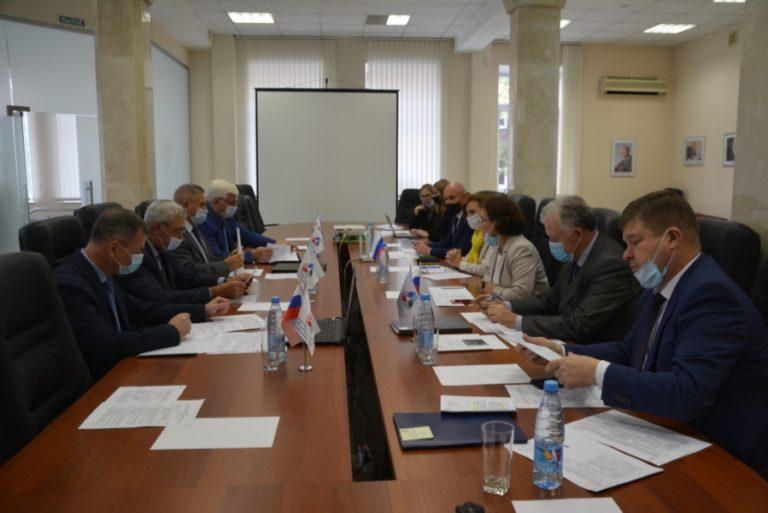 Заседание Отраслевой тарифной комиссии по регулированию социально-трудовых отношений по горно-металлургическому комплексу Свердловской области