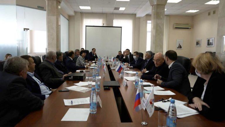 Ключевые застройщики и власти обсудили, как реализовать принципы комплексного развития Екатеринбурга в генплане